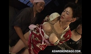 Bound japanese milf moans while her vagina is teased