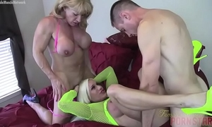 Naked female bodybuilders ashlee chambers and wildkat acquire drilled